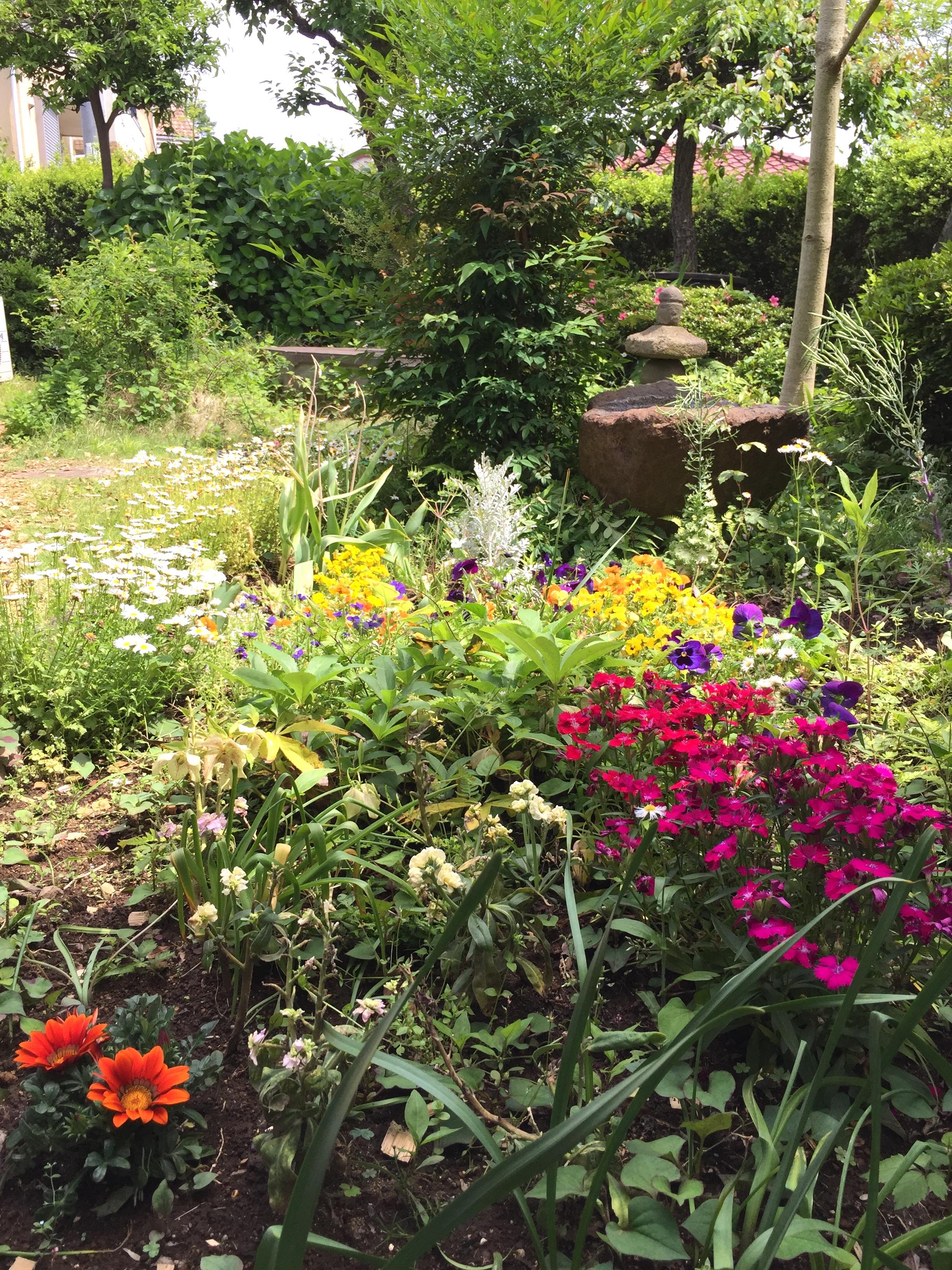 就労移行支援事業所 働くしあわせ JINEN-DOの庭園