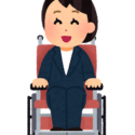 車いすに乗る、身体障害を持つ女性