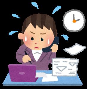 オフィスワークに追われる精神障害者雇用で働いている女性