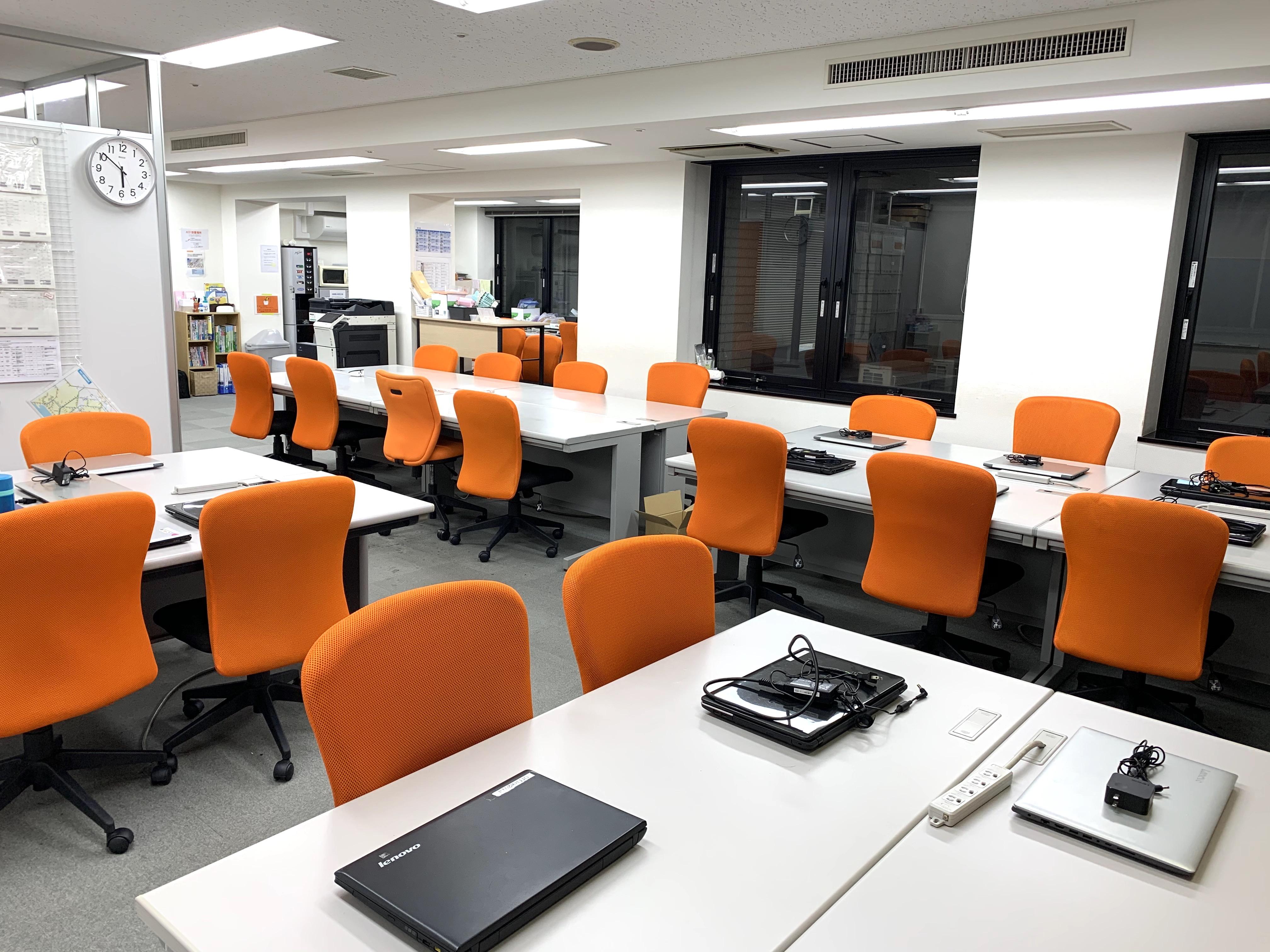 ココルポート川崎砂子オフィスの内観