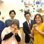 マナビー 横浜長者町事業所のスタッフの集合写真